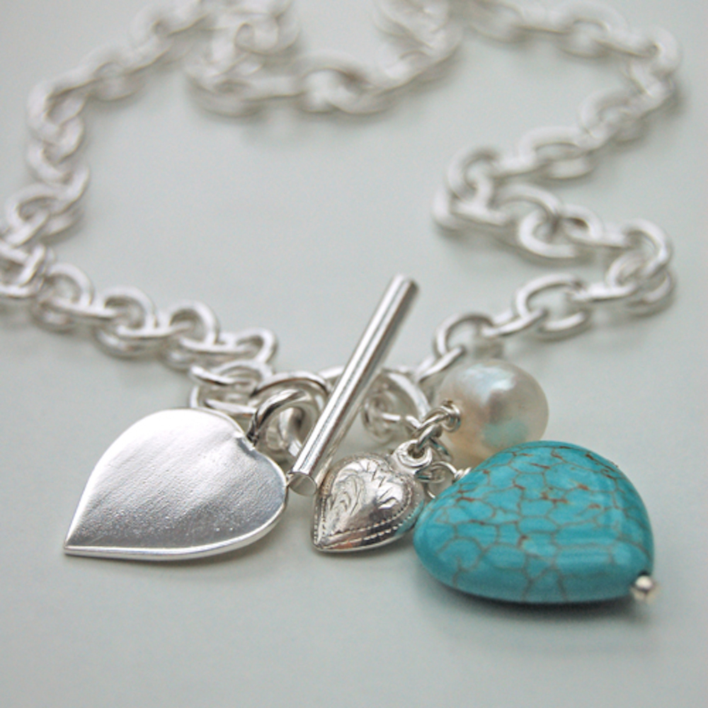 HBN27 Silver and turquoise_heart_necklace_2